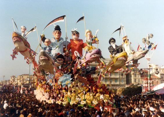 I cavalieri dell'apocalisse di Arnaldo Galli - Carri grandi - Carnevale di Viareggio 1982