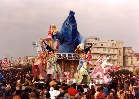 La carica di Giovanni Maggini - Carri piccoli - Carnevale di Viareggio 1982