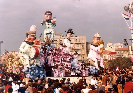 Serenata a questi chiar di luna di Paolo Lazzari - Carri piccoli - Carnevale di Viareggio 1982