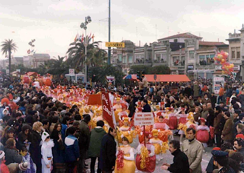 Dolcezza di carnevale di Rione Centro - Palio dei Rioni - Carnevale di Viareggio 1983