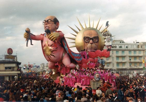 Il sol dell'avvenir di Silvano Avanzini - Carri grandi - Carnevale di Viareggio 1983