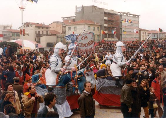 La crociata di Davino Barsella e Loris Lazzarini - Mascherate di Gruppo - Carnevale di Viareggio 1983