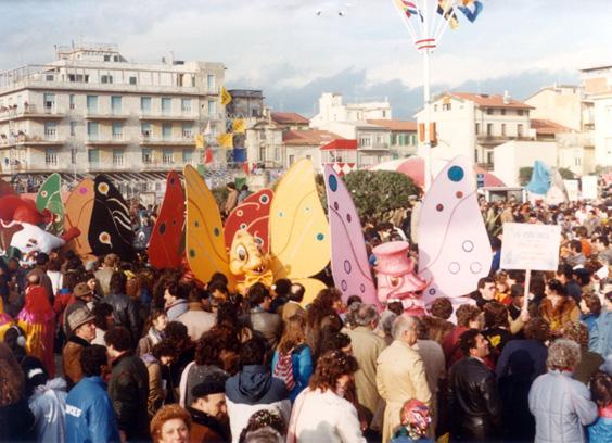 La vispa Teresa di Roberto Musetti - Mascherate di Gruppo - Carnevale di Viareggio 1983