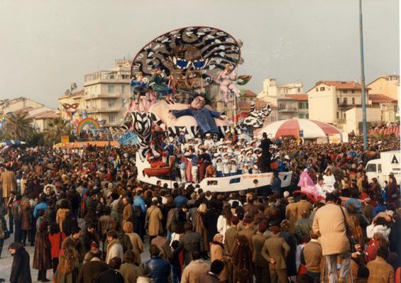 Il sogno di Fellini di Gilbert Lebigre e Corinne Roger - Carri piccoli - Carnevale di Viareggio 1984