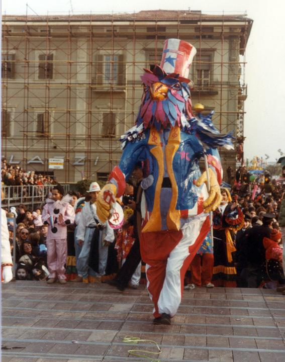 Lo zio Sam di Fabrizio Passaglia - Maschere Isolate - Carnevale di Viareggio 1984