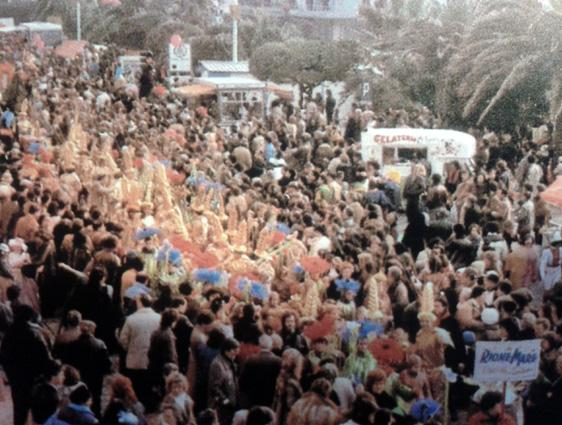 Lucciole per lanterne di Rione Mare - Palio dei Rioni - Carnevale di Viareggio 1984