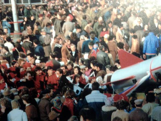 Maschere per la pace di Rione Comparini - Palio dei Rioni - Carnevale di Viareggio 1984