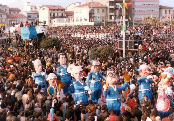 Musica maestro di Piero Farnocchia - Mascherate di Gruppo - Carnevale di Viareggio 1984