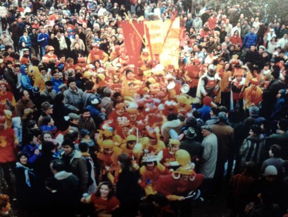 Armata Brancaciortone di Liceo Scientifico - Palio dei Rioni - Carnevale di Viareggio 1985