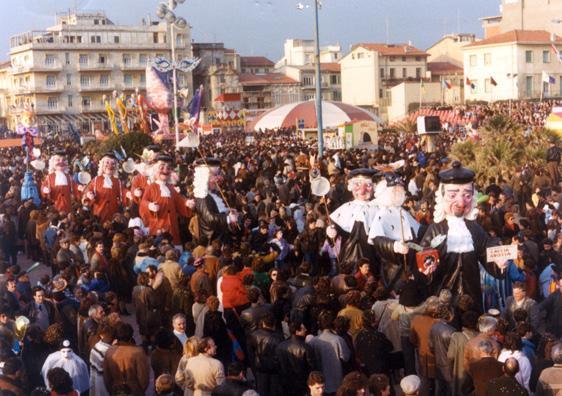 Caccia grossa di Giovanni Pardini - Mascherate di Gruppo - Carnevale di Viareggio 1985