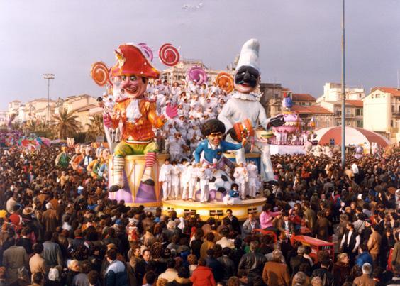 L'oro di Napoli di Eros Canova e Roberto Alessandrini - Carri piccoli - Carnevale di Viareggio 1985