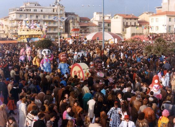 L'ultima spiaggia di Michele Canova - Mascherate di Gruppo - Carnevale di Viareggio 1985