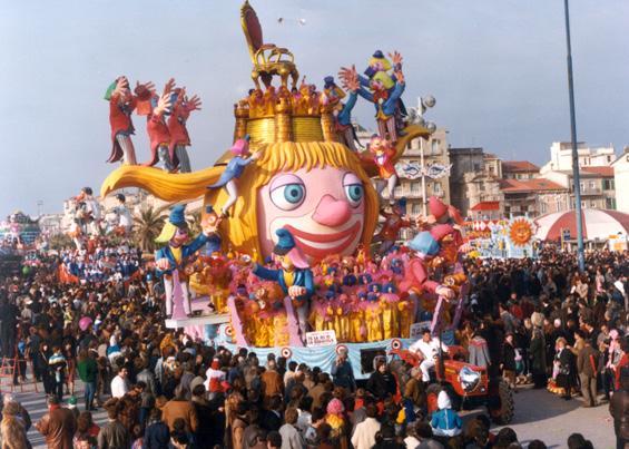 Te la do io la seggiola di Renato e Fabrizio Galli - Carri grandi - Carnevale di Viareggio 1985