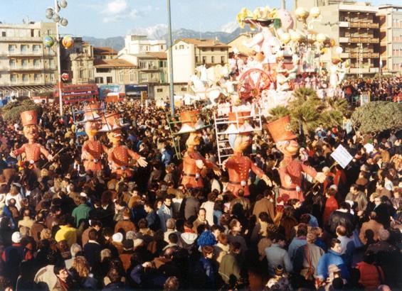 Gli assediati di Davino Barsella ed Eros Canova - Mascherate di Gruppo - Carnevale di Viareggio 1986