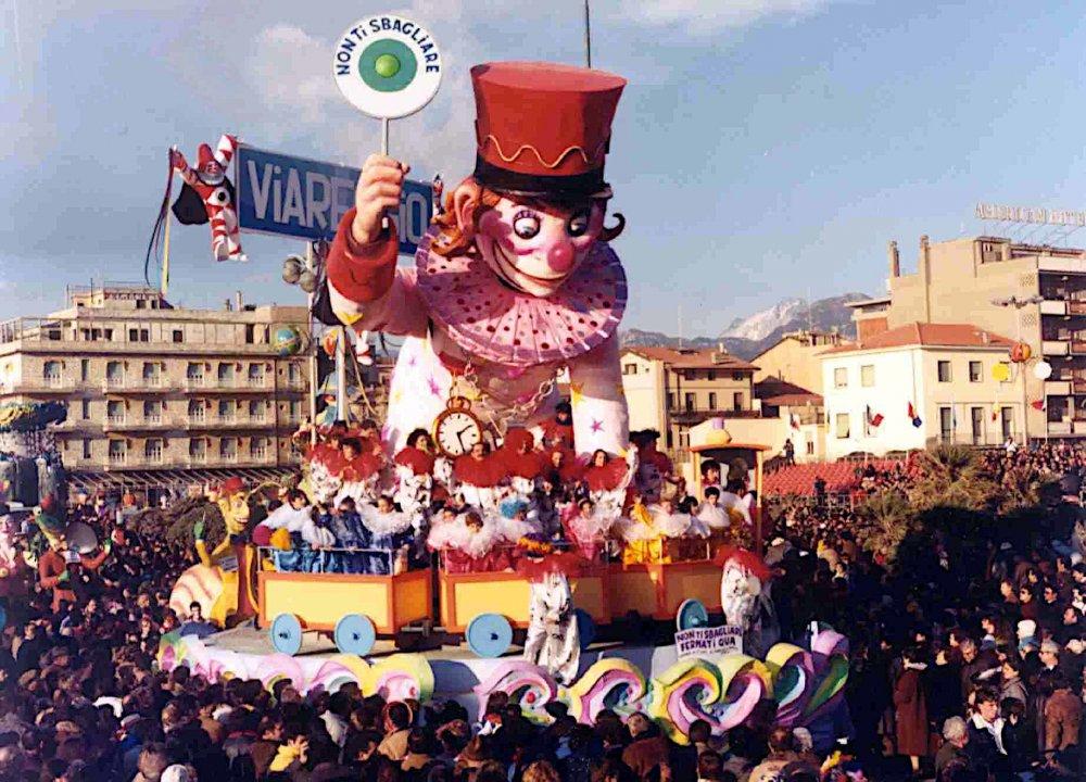 Non ti sbagliare fermati qua di Renato e Fabrizio Galli - Carri piccoli - Carnevale di Viareggio 1986