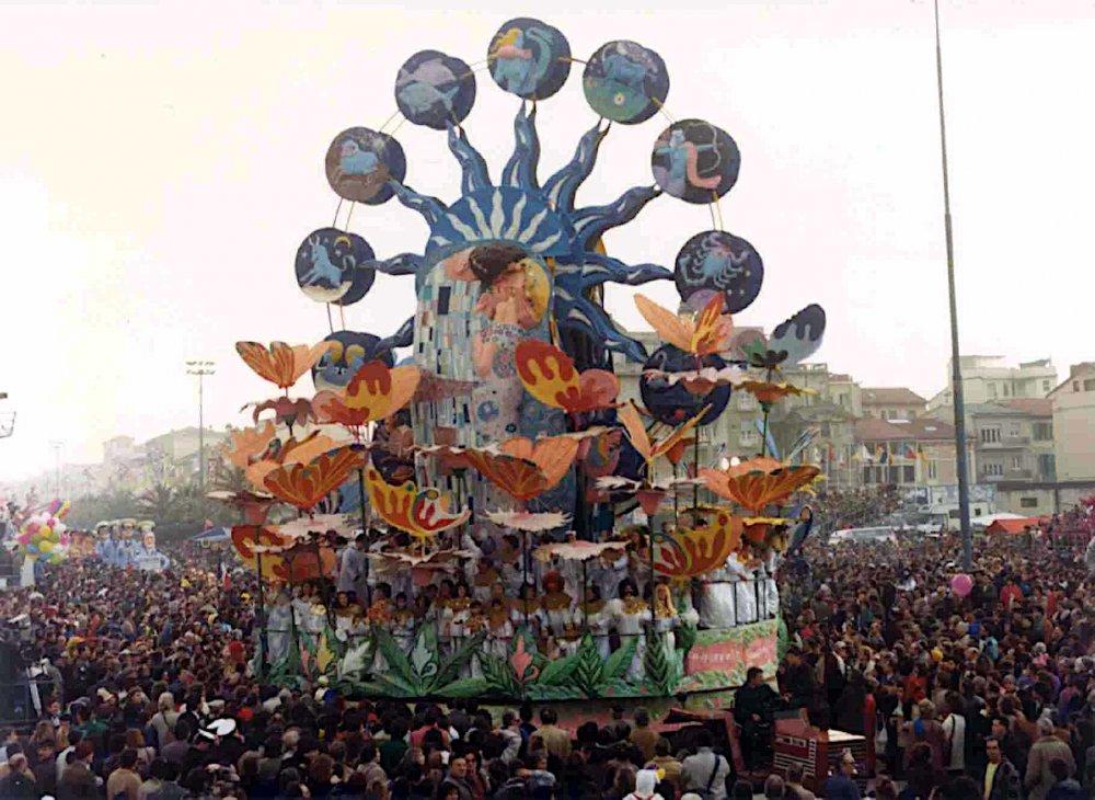 Amore mio di Giovanni Maggini - Carri grandi - Carnevale di Viareggio 1987
