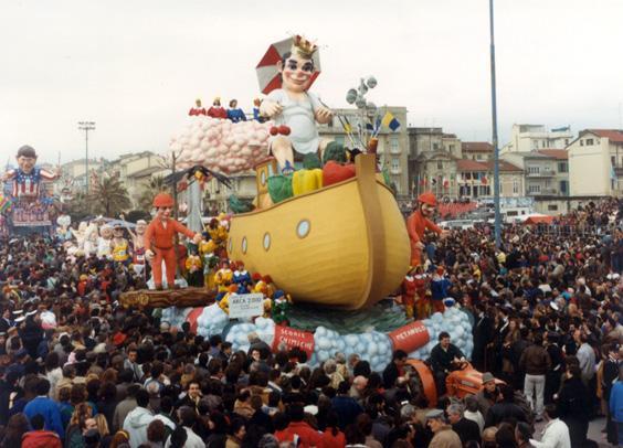 Arca duemila di Mario Neri e Giuseppe Palmerini - Carri piccoli - Carnevale di Viareggio 1987