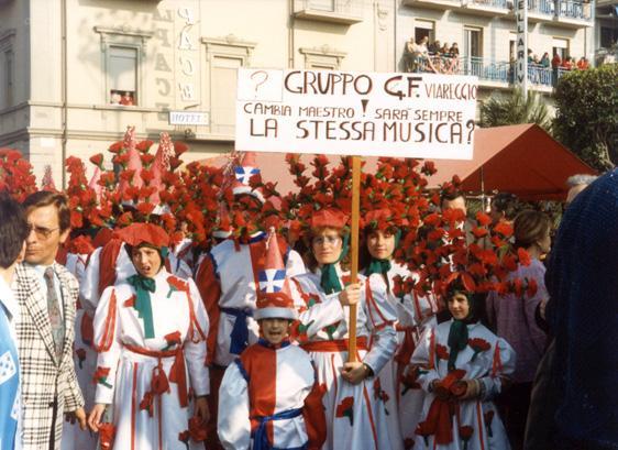 Cambia maestro, la musica sarà sempre la stessa? di Gruppo Padre Gregorio - Gruppi mascherati - Carnevale di Viareggio 1987