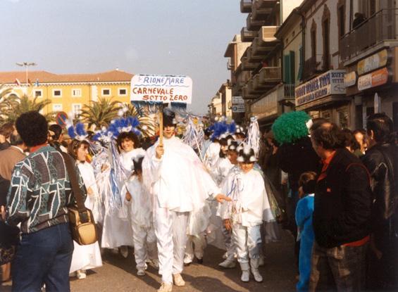 Carnevale sotto zero di Rione Mare - Gruppi mascherati - Carnevale di Viareggio 1987