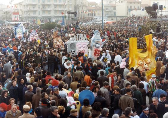 Gli inquinatori di Laura Canova - Mascherate di Gruppo - Carnevale di Viareggio 1987