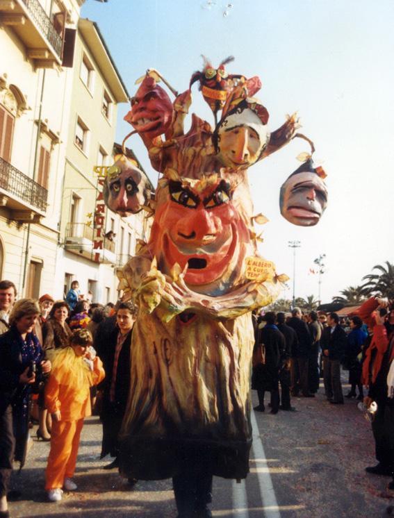 L'albero a cui tendevi la mano di Riccardo Rossi - Maschere Isolate - Carnevale di Viareggio 1987