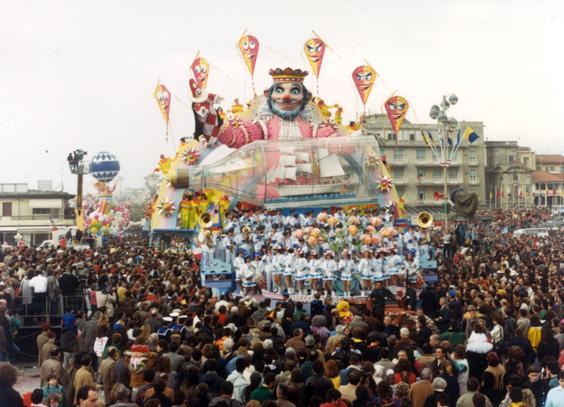 Viareggio amore mio di Renato Verlanti - Carri grandi - Carnevale di Viareggio 1987