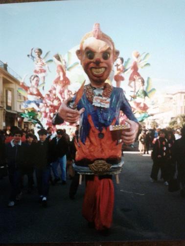 Gioventù bruciata di Alessandro Maltana - Maschere Isolate - Carnevale di Viareggio 1988