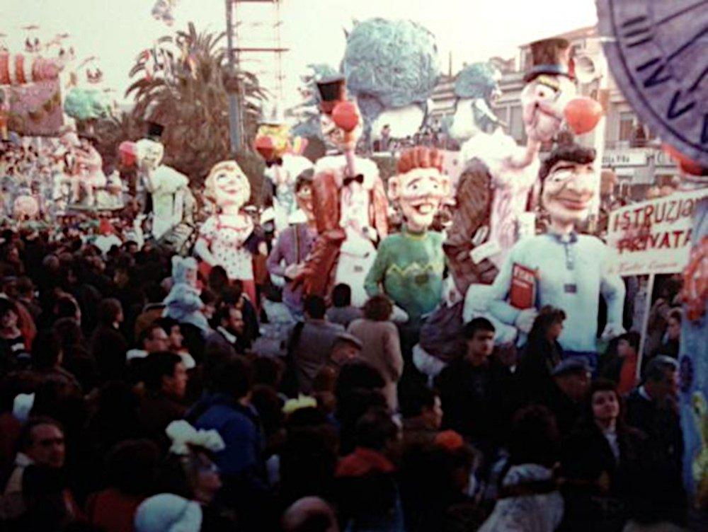 Istruzione privata di Emilio Cinquini - Mascherate di Gruppo - Carnevale di Viareggio 1988