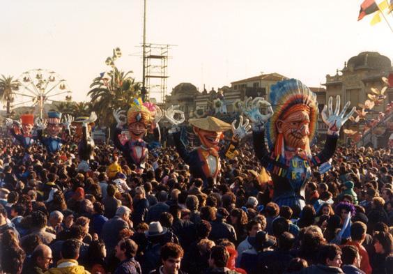 Linguaggio universale di Franco Malfatti - Mascherate di Gruppo - Carnevale di Viareggio 1988