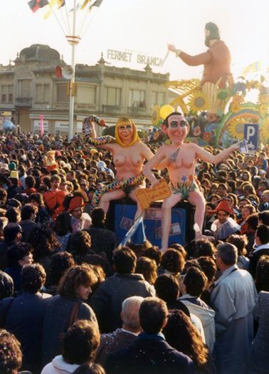 Peccato veniale di Eugenio Riotto - Maschere Isolate - Carnevale di Viareggio 1988