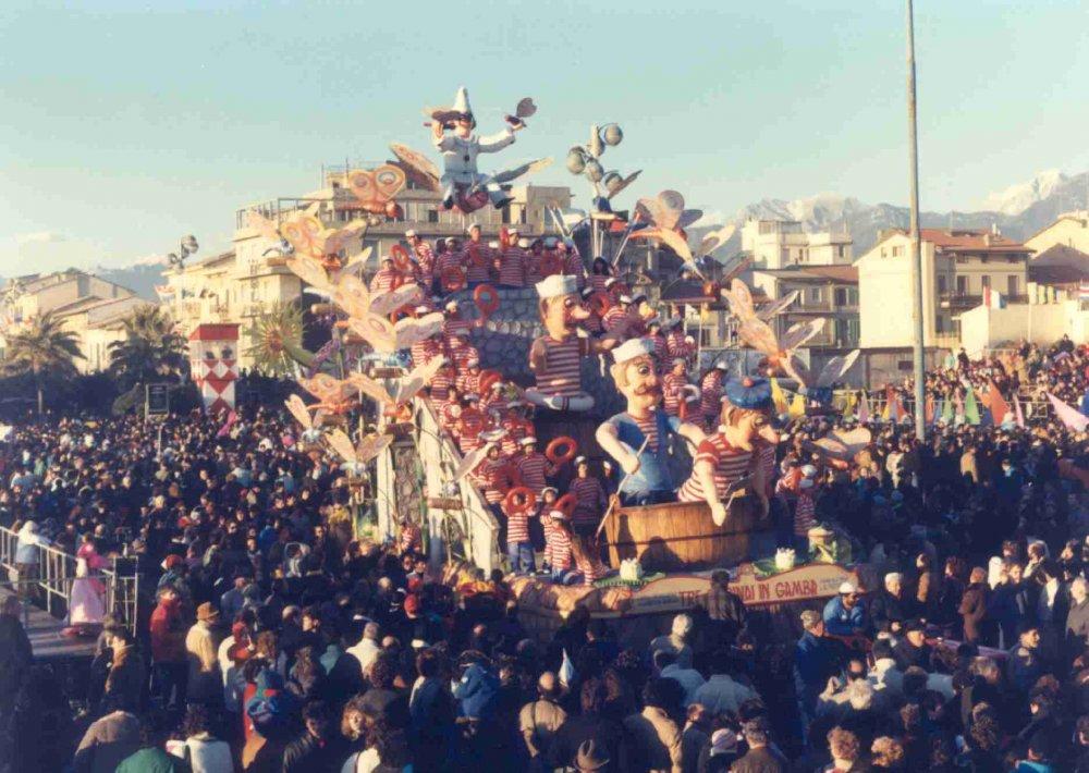 Tre marinai in gamba di Rione Vecchia Viareggio - Fuori Concorso - Carnevale di Viareggio 1988