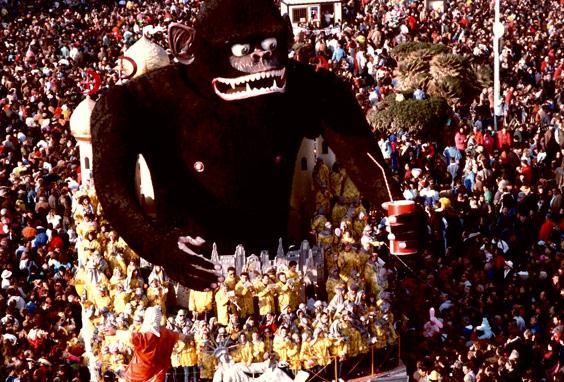 David e Golia di Giovanni Maggini - Carri grandi - Carnevale di Viareggio 1989