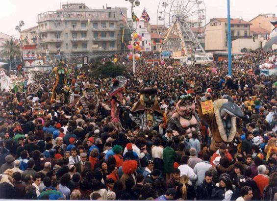 Cosa si fa per vanità di Carlo Lombardi - Mascherate di Gruppo - Carnevale di Viareggio 1990
