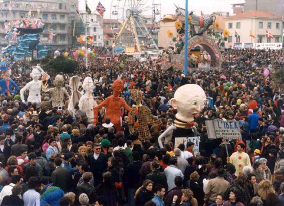 L'idea di Roberto Musetti - Mascherate di Gruppo - Carnevale di Viareggio 1990