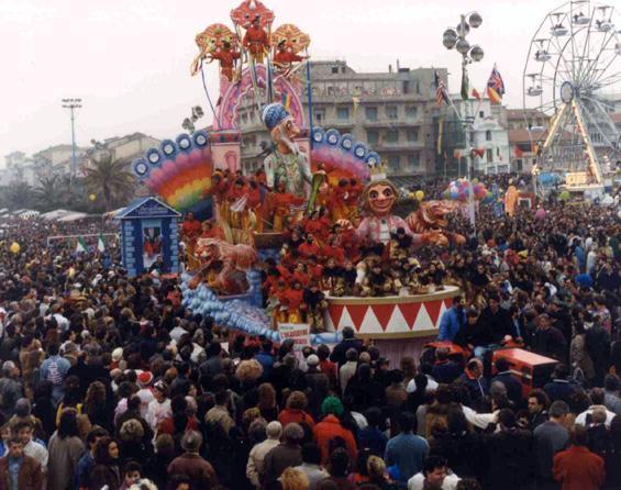 L'incantatore incantato di Rione Vecchia Viareggio - Fuori Concorso - Carnevale di Viareggio 1990