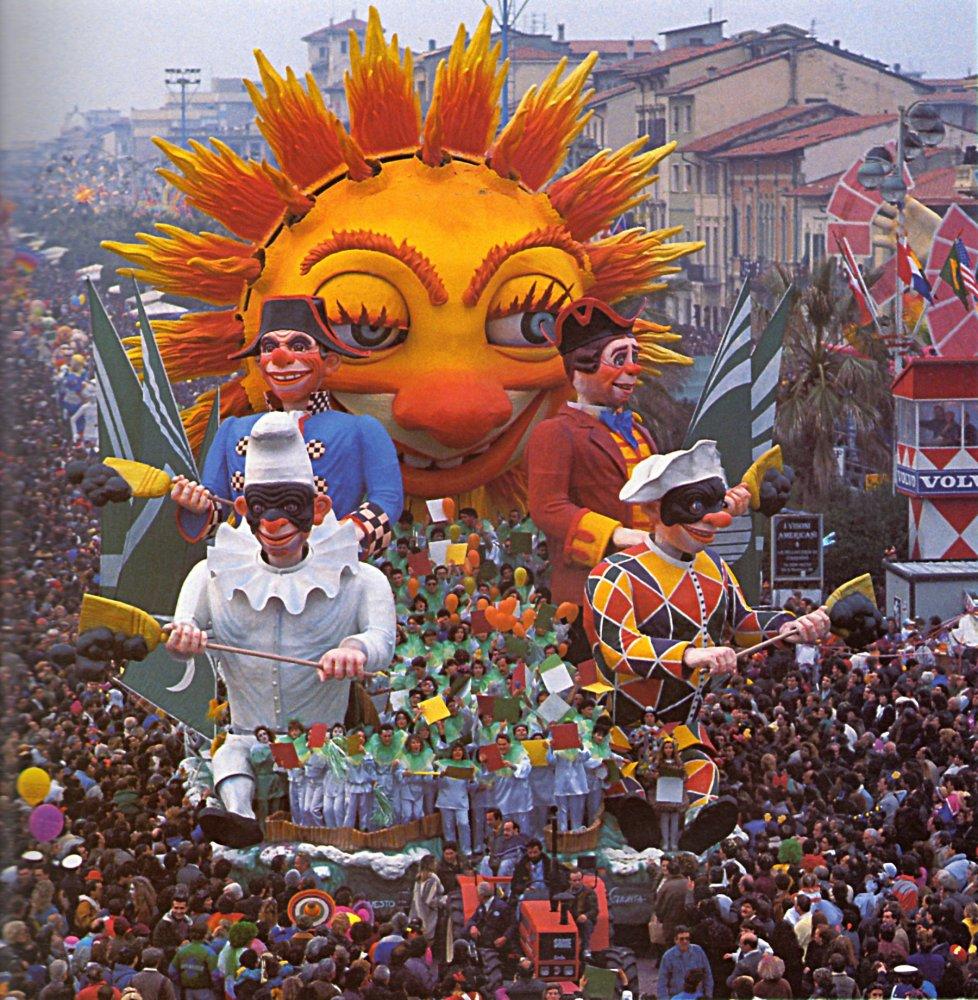 Questo è il paese del sole di Raffaello Giunta - Carri grandi - Carnevale di Viareggio 1990