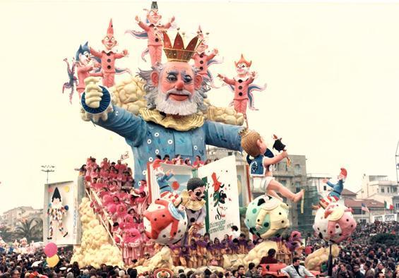 Vieni... ti racconto la fiaba del carnevale di Carlo e Enrico Vannucci - Carri grandi - Carnevale di Viareggio 1990