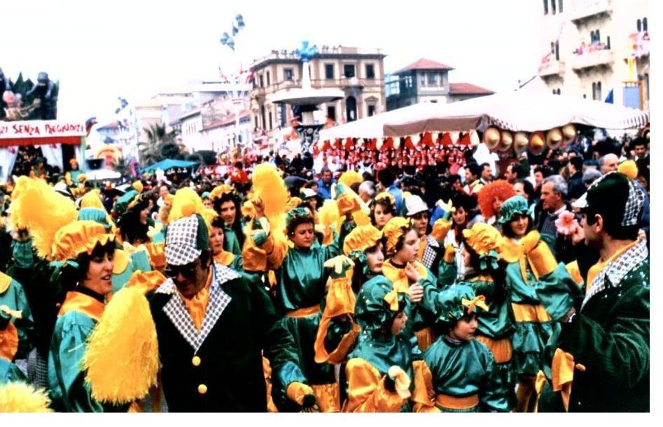 Vizi senza pregiudizi di Rione Quattro Venti - Palio dei Rioni - Carnevale di Viareggio 1990